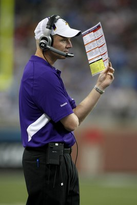 DETROIT - SEPTEMBER 20:  Offensive coordinator Darrell Bevell of the Minnesota Vikings looks on during the game with the Detroit Lions at Ford Field on September 20, 2009 in Detroit, Michigan. The Vikings won 27-13.  (Photo by Stephen Dunn/Getty Images)