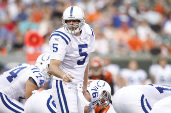 CINCINNATI, OH - SEPTEMBER 1: Kerry Collins #5 of the Indianapolis Colts calls a play during the first half of an NFL preseason game against the Cincinnati Bengals at Paul Brown Stadium on September 1, 2011 in Cincinnati, Ohio. (Photo by Joe Robbins/Getty
