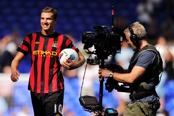 Edin Dzeko:  Top of the pops