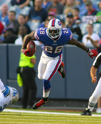 ORCHARD PARK, NY - SEPTEMBER 01:  C.J. Spiller #28 of the Buffalo Bills runs against the Detroit Lions at Ralph Wilson Stadium on September 1, 2011 in Orchard Park, New York.  (Photo by Rick Stewart/Getty Images)