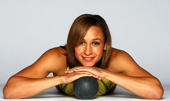 Jessica-ennis-heptathlete-to-win-heptahalon-gold-at-london-2012-bikini_display_image