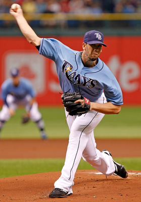 ST PETERSBURG, FL - SEPTEMBER 11:  :  Pitcher James Shields #33 of the Tampa Bay Rays pitches against the Boston Red Sox during the game at Tropicana Field on September 11, 2011 in St. Petersburg, Florida.  (Photo by J. Meric/Getty Images)