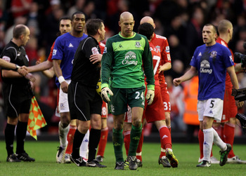 LIVERPOOL, ENGLAND - JANUARY 16:  Tim Howard of Everton walks off at the end of the Barclays Premier League match between Liverpool and Everton at Anfield on January 16, 2011 in Liverpool, England.  (Photo by Alex Livesey/Getty Images)