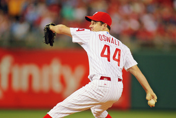 PHILADELPHIA , PA - SEPTEMBER 07:  Roy Oswalt #44 of the Philadelphia Phillies pitches against the Atlanta Braves at Citizens Bank Park on September 7, 2011 in Philadelphia, Pennsylvania.  The Phillies defeated the Braves 3-2. (Photo by Len Redkoles/Getty