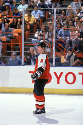 INGLEWOOD, CA - 1989:  Defense Mark Howe #2 of the Philadelphia Flyers skates on the ice during a game against the Los Angeles Kings during the 1989-90 season at the Great Western Forum in Inglewood, California.  (Photo by Ken Levine/Getty Images)