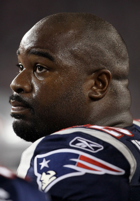 FOXBORO, MA - SEPTEMBER 01:  Albert Haynesworth #92 of the New England Patriots looks on from the sideline in the first half against the New York Giants on September 1, 2011 at Gillette Stadium in Foxboro, Massachusetts.  (Photo by Elsa/Getty Images)