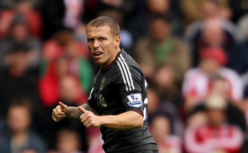 STOKE ON TRENT, ENGLAND - SEPTEMBER 10:  Craig Bellamy of Liverpool during the Barclays Premier League match between Stoke City and Liverpool at Britannia Stadium on September 10, 2011 in Stoke on Trent, England.  (Photo by Scott Heavey/Getty Images)