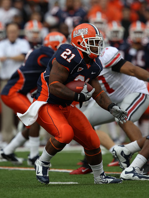 CHAMPAIGN, IL - OCTOBER 02: Jason Ford #21 of the Illinois Fighting Illini runs against the Ohio State Buckeyes at Memorial Stadium on October 2, 2010 in Champaign, Illinois. Ohio State defeated Illinois 24-13. (Photo by Jonathan Daniel/Getty Images)