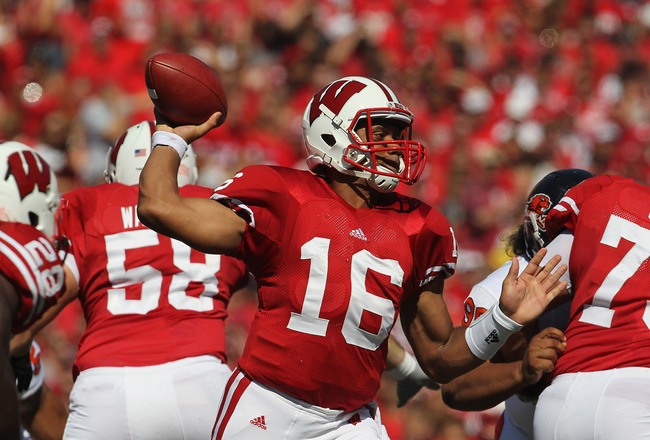 MADISON, WI - SEPTEMBER 10: Russell Wilson #16 of the Wisconsin Badgers thows a pass against the Oregon State Beavers at Camp Randall Stadium on September 10, 2011 in Madison Wisconsin. (Photo by Jonathan Daniel/Getty Images)