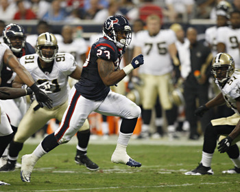 HOUSTON - AUGUST 20:  Running back Arian Foster #23 of the Houston Texans breaks loose on a 28 yard run against the New Orleans Saints at Reliant Stadium on August 20, 2011 in Houston, Texas.  (Photo by Bob Levey/Getty Images)