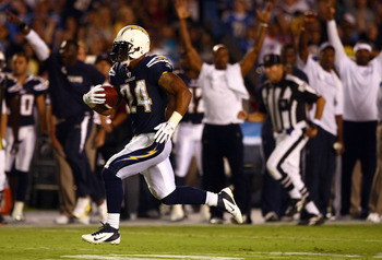 SAN DIEGO, CA - SEPTEMBER 1:  Runningback Ryan Mathews #24   of the San Diego Chargers runs for a touchdown against the San Francisco 49ers during their preseason NFL Game on September 1, 2011 at Qualcomm Stadium in San DIego, California. (Photo by Donald