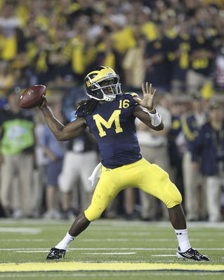 Denard Robinson has some work to do as a passer