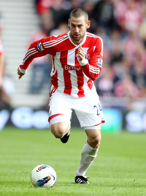 Rory Delap uses his hands for throw-ins and other things...