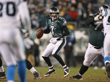 Jeff Garcia (7) scrambles out of the pocket during the game between the Carolina Panthers and the Philadelphia Eagles at Lincoln Financial Field, in Philadelphia, Pa. on Monday, December 4th, 2006 (Photo by Hunter Martin/NFLPhotoLibrary)