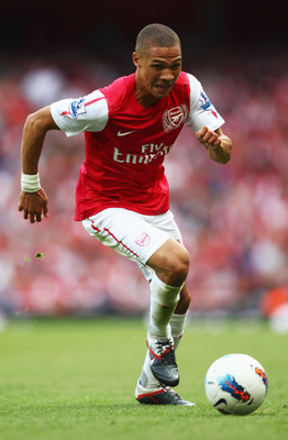 LONDON, ENGLAND - SEPTEMBER 10:  Kieran Gibbs of Arsenal in action during the Barclays Premier League match between Arsenal and Swansea City at Emirates Stadium on September 10, 2011 in London, England.  (Photo by Clive Mason/Getty Images)