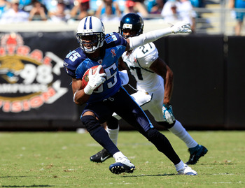 JACKSONVILLE, FL - SEPTEMBER 11:   Nate Washington #85 of the Tennessee Titans runs past  Rashean Mathis #27 of the Jacksonville Jaguars during the season opener game at EverBank Field on September 11, 2011 in Jacksonville, Florida.  (Photo by Sam Greenwo