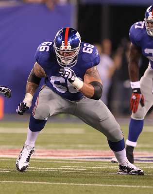 EAST RUTHERFORD, NJ - AUGUST 22:  David Diehl #66 of the New York Giants  in action during their pre season game on August 22, 2011 at The New Meadowlands Stadium in East Rutherford, New Jersey.  (Photo by Al Bello/Getty Images)
