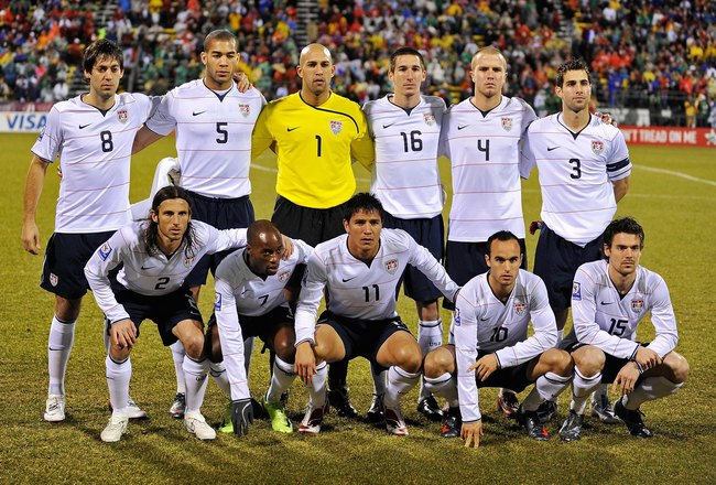 COLUMBUS, OH - FEBRUARY 11:  U.S. Men's National Team poses for a photo before the game against Mexico  during a FIFA 2010 World Cup qualifying match in the CONCACAF region on February 11, 2009 at Columbus Crew Stadium in Columbus, Ohio. Top Row L-R: Clin