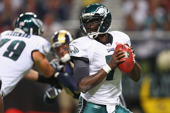 ST. LOUIS - SEPTEMBER 11: Michael Vick #7 of the Philadelphia Eagles looks to pass against St. Louis Rams at the Edward Jones Dome on September 11, 2011 in St. Louis, Missouri. (Photo by Dilip Vishwanat/Getty Images)