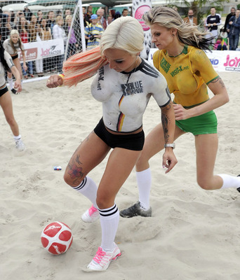 ... that nothing is sexier than a beautiful woman playing soccer i