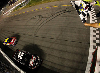 Edwards couldn't quite pass Harvick with the win on the line.