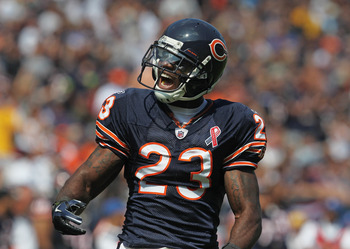 CHICAGO, IL - SEPTEMBER 11: Devin Hester #23 of the Chicago Bears yells to the corwd before returning a kick-off against the Atlanta Falcons at Soldier Field on September 11, 2011 in Chicago, Illinois. The Bears defeated the Falcons 30-12. (Photo by Jonat