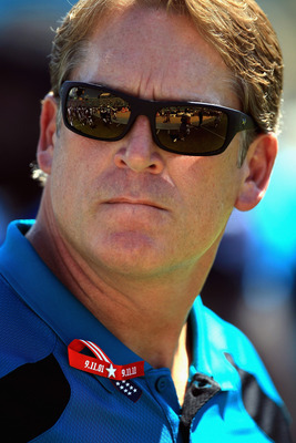 JACKSONVILLE, FL - SEPTEMBER 11:  Head coach Jack Del Rio of the Jacksonville Jaguars wears a ribbon remembering the 9/11 attacks ahead of their game against the Tennessee Titans during their season opener at EverBank Field on September 11, 2011 in Jackso