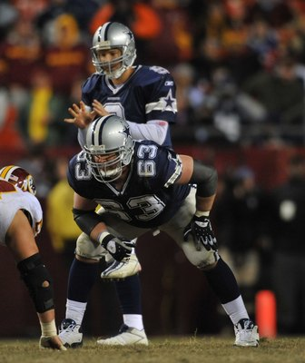 LANDOVER, MD - DECEMBER 27:  Kyle Kosier #63 of the Dallas Cowboys defends against the Washington Redskins at FedExField on December 27, 2009 in Landover, Maryland. The Cowboys defeated the Redskins 17-0. (Photo by Larry French/Getty Images)