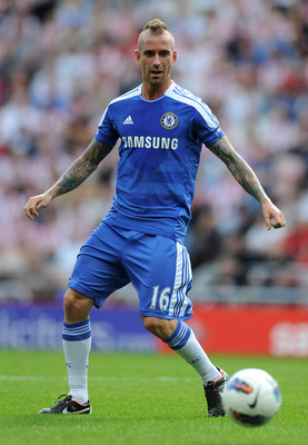 SUNDERLAND, ENGLAND - SEPTEMBER 10:  Raul Meireles of Chelsea in action during the Barclays Premier League match between Sunderland and Chelsea at the Stadium of Light on September 10, 2011 in Sunderland, England.  (Photo by Michael Regan/Getty Images)