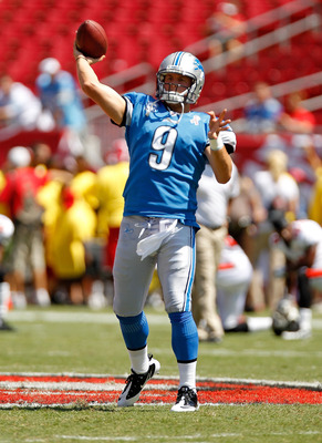 TAMPA, FL - SEPTEMBER 11:  Matthew Stafford #9 of the Detroit Lions warms up  during a game against the Tampa Bay Buccaneers at Raymond James Stadium on September 11, 2011 in Tampa, Florida.  (Photo by Mike Ehrmann/Getty Images)