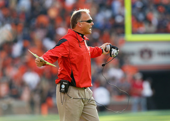AUBURN, AL - NOVEMBER 13:  Head coach Mark Richt of the Georgia Bulldogs against the Auburn Tigers at Jordan-Hare Stadium on November 13, 2010 in Auburn, Alabama.  (Photo by Kevin C. Cox/Getty Images)