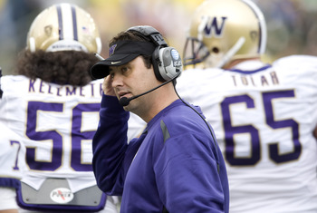 EUGENE, OR - NOVEMBER 6: Head coach Steve Sarkisian of the Washington Huskies works the sidelines in the second quarter of the game against the Oregon Ducks at Autzen Stadium on November 6, 2010 in Eugene, Oregon. (Photo by Steve Dykes/Getty Images)