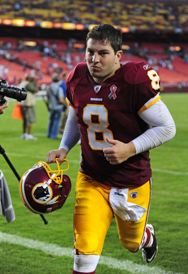 LANDOVER, MD - SEPTEMBER 11: Rex Grossman #8 of the Washington Redskins heads off the field after the game against the New York Giants season-opening game at FedEx Field on September 11, 2011 in Landover, Maryland. (Photo by Scott Cunningham/Getty Images)
