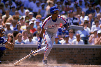 CHICAGO - 1988:  Right fielder Darryl Strawberry #18 of the New York Mets swings during a 1988 game against the Chicago Cubs at Wrigley Field in Chicago, Illinois.  (Photo by Jonathan Daniel/Getty Images)