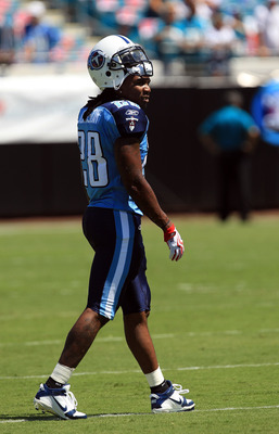 JACKSONVILLE, FL - SEPTEMBER 11:  Chris Johnson #28 of the Tennessee Titans warms up before their game against the Jacksonville Jaguars at EverBank Field on September 11, 2011 in Jacksonville, Florida.  (Photo by Streeter Lecka/Getty Images)