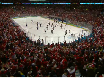 Canada-usa-hockey-olympics-2010-photo2_display_image