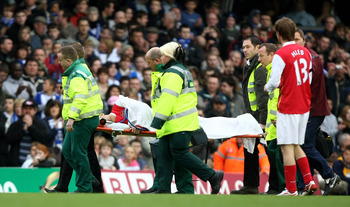BIRMINGHAM, UNITED KINGDOM - FEBRUARY 23:  Eduardo da Silva of Arsenal is stretchered off after breaking his leg during the Barclays Premier League match between Birmingham City and Arsenal at St Andrews on February 23, 2008 in Birmingham, England.  (Phot