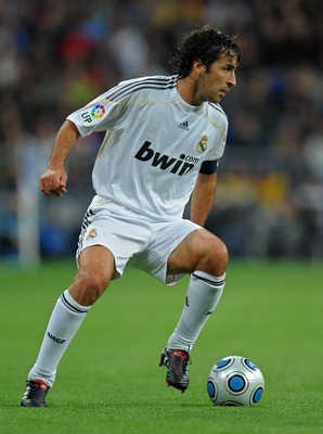 MADRID, SPAIN - NOVEMBER 10:  Raul Gonzalez of Real Madrid runs with the ball during the Copa del Rey fourth round, second leg match between Real Madrid and AD Alcorcon at the Estadio Santiago Bernabeu on November 10, 2009 in Madrid, Spain. Real Madrid wo