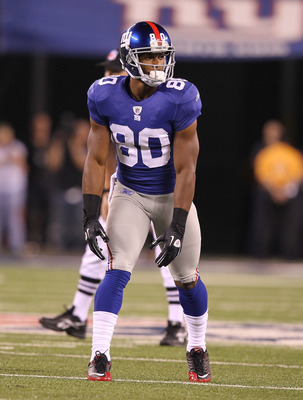 EAST RUTHERFORD, NJ - AUGUST 22:  Victor Cruz #80 of the New York Giants in action during their pre season game on August 22, 2011 at The New Meadowlands Stadium in East Rutherford, New Jersey.  (Photo by Al Bello/Getty Images)