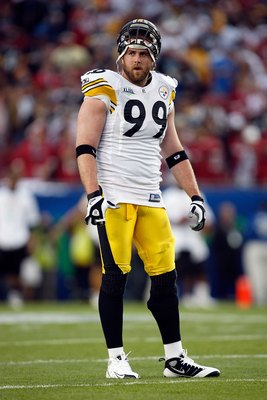 TAMPA, FL - FEBRUARY 01:  Defensive end Brett Keisel #99 of the Pittsburgh Steelers looks on against the Arizona Cardinals during Super Bowl XLIII on February 1, 2009 at Raymond James Stadium in Tampa, Florida.  (Photo by Streeter Lecka/Getty Images)