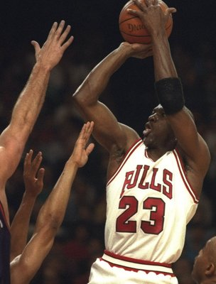 16 Jun 1993:  Guard Michael Jordan of the Chicago Bulls goes up for two during Game Four of the NBA finals at the America West Arena in Phoenix, Arizona. Mandatory Credit: Jonathan Daniel  /Allsport
