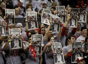 COLUMBUS, OH - MARCH 06:  Fans of the Ohio State Buckeyes celebrate a Big Ten Championship by holding up newspapers while playing the Wisconsin Badgers on March 6, 2011 at the Value City Arena in Columbus, Ohio. Ohio State won the game 93-65.  (Photo by G