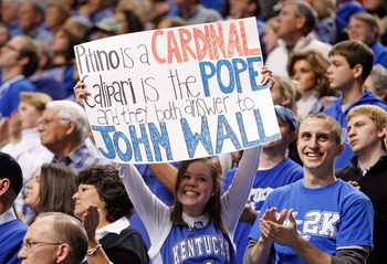 LEXINGTON, KY - JANUARY 02:  A Kentucky Wildcats fan is pictured during the game against the Louisville Cardinals at Rupp Arena on January 2, 2010 in Lexington, Kentucky.  (Photo by Andy Lyons/Getty Images)