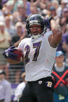 BALTIMORE, MD - SEPTEMBER 11:  Running back Ray Rice #27 of the Baltimore Ravens celebrates after scoring a touchdown against the Pittsburgh Steelers during the season opener at M&T Bank Stadium on September 11, 2011 in Baltimore, Maryland.  (Photo by Rob