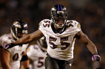 PITTSBURGH, PA - JANUARY 15:  Linebacker Terrell Suggs #55 of the Baltimore Ravens reacts after a play against the Pittsburgh Steelers during the AFC Divisional Playoff Game at Heinz Field on January 15, 2011 in Pittsburgh, Pennsylvania.  (Photo by Gregor