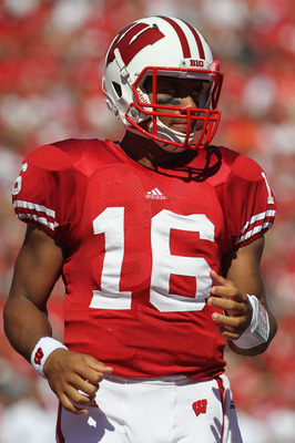 MADISON, WI - SEPTEMBER 10:  Russell Wilson #16 of the Wisconsin Badgers walks to the huddle against the Oregon State Beavers at Camp Randall Stadium on September 10, 2011 in Madison Wisconsin. Wisconsin defeated Oregon State 35-0.  (Photo by Jonathan Dan