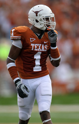 AUSTIN, TX - SEPTEMBER 25:  Wide receiver Mike Davis #1 of the Texas Longhorns at Darrell K Royal-Texas Memorial Stadium on September 25, 2010 in Austin, Texas.  (Photo by Ronald Martinez/Getty Images)