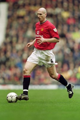 17 Mar 2001:  Jaap Stam of Manchester United runs with the ball during the FA Carling Premiership match against Leicester City played at Old Trafford, in Manchester, England. Manchester United won the match 2-0. \ Mandatory Credit: Gary M Prior/Allsport