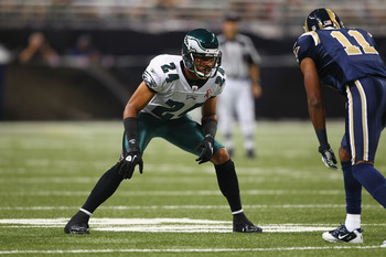 ST. LOUIS - SEPTEMBER 11: Nnamdi Asomugha #24 of the Philadelphia Eagles defends against the St. Louis Rams at the Edward Jones Dome on September 11, 2011 in St. Louis, Missouri.  (Photo by Dilip Vishwanat/Getty Images)
