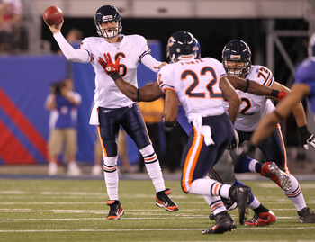 EAST RUTHERFORD, NJ - AUGUST 22: Jay Cutler #6 of the Chicago Bears in action against the New York Giants during their pre season game on August 22, 2011 at The New Meadowlands Stadium in East Rutherford, New Jersey.  (Photo by Al Bello/Getty Images)